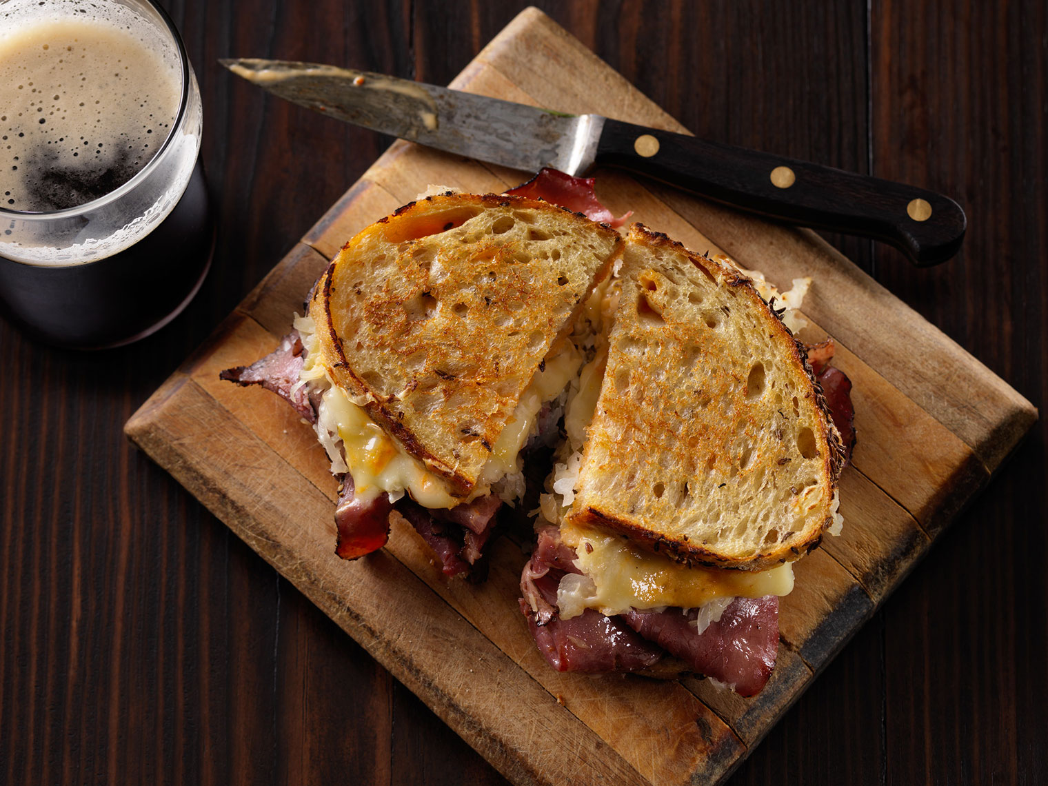 Haskins_Food_Reuben_DARK